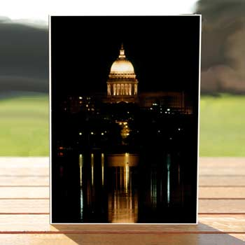 97506-capitol-night-madison